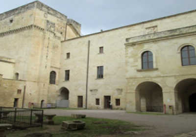 Lecce, Castello Carlo V: gli ospiti di strutture non alberghiere potranno usufruire di uno specifico punto informativo